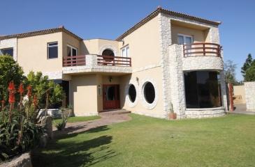 Swakopmund, Rossmund, 5 Bedrooms Bedrooms, ,5 BathroomsBathrooms,House,For Sale,1111