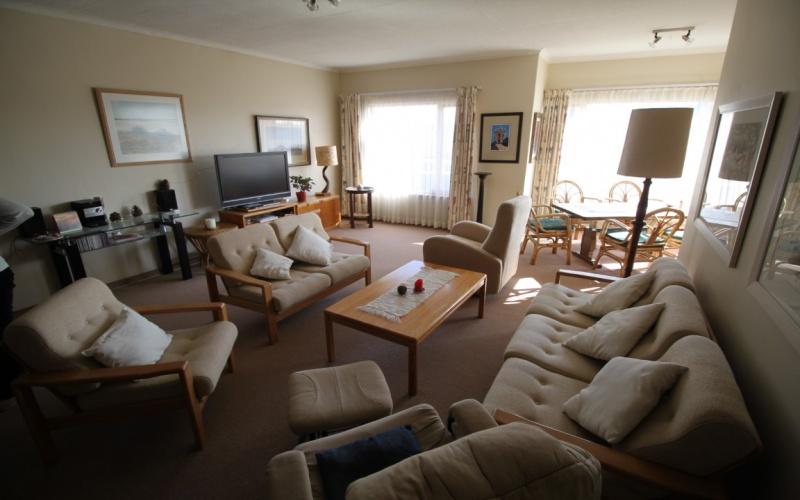 Swakopmund, Central, 3 Bedrooms Bedrooms, ,2 BathroomsBathrooms,Flat,For Sale,1124